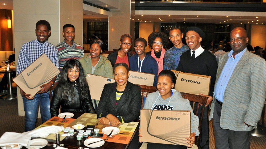 SAMSA Centre for Maritime Excellence executive manager Sindiswa Nhlumayo (Seated, Front Left) with SAMSA sponsored Cape Peninsula University of Technology (CPUT) students (Standing: From Left to Right) Thando Jobela, Zamanuba Phandle,Sesona Matiso, Bulelwa Maseti, Vuyisani Mvakendlwu and Sabelo Hadebe. Standing with them (Standing: Third from Right) is Ms Charity Bodipa, executive personal assistant to Ms Nhlumayo, who (Seated far left) is with SAMSA HR executive manager Lesego Mashishi and next to whom is student Nosisikelelo Maseti