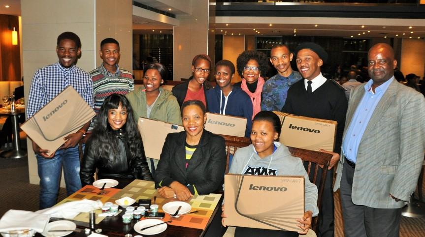 SAMSA Centre for Maritime Excellence executive manager Sindiswa Nhlumayo (Seated, Front Left) with SAMSA sponsored Cape Peninsula University of Technology (CPUT) students (Standing: From Left to Right) Thando Jobela, Zamanuba Phandle,Sesona Matiso, Bulelwa Maseti, Vuyisani Mvakendlwu and Sabelo Hadebe. Standing with them (Standing: Third from Right) is Ms Charity Bodipa, executive personal assistant to Ms Nhlumayo, who (Seated far left) is with SAMSA HR executive manager Lesego Mashishi and next to whom is student Nosisikelelo Maseti