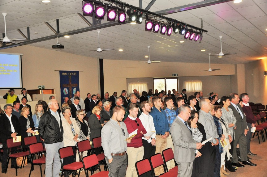 Members of South Africa's boating and recreational fishing community joined the family, friends and neigbors in bidding fond farewell to the late Mr Stanley Wilmot Walter in Midrand, Gauteng on Wednesday