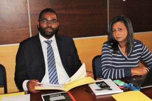 Captain Azwimmbavhi Mulaudzi, SAMSA Chief Examiner and Ms Esayvani Padayachee, SAMSA Statistics Administrator (Centre for Boating), working on finer details of the meeting's agenda shortly before the SAMSA management and US Government delegation on Friday (22 July 2016).