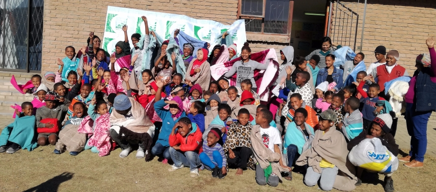 It was a day of joy for the little ones after receiving warm winter blankets from the South African Maritime Safety Authority (SAMSA) in July in celebration of the Nelson Mandela International Day held annually since a decade ago
